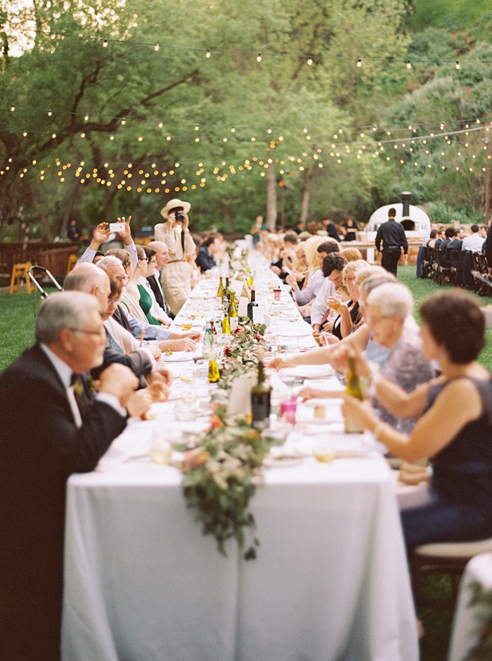14-intimate-outdoor-reception1