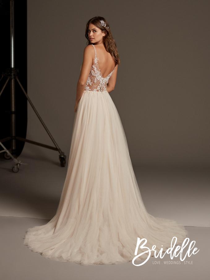 0197a9c028 zdjęcia  materiały prasowe. Tagi  najpiękniejsze suknie ślubne ...