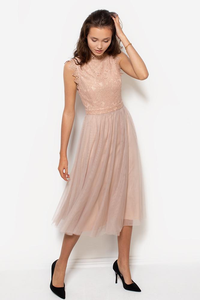 sukienka-koronkowa-z-tiulowym-dołem