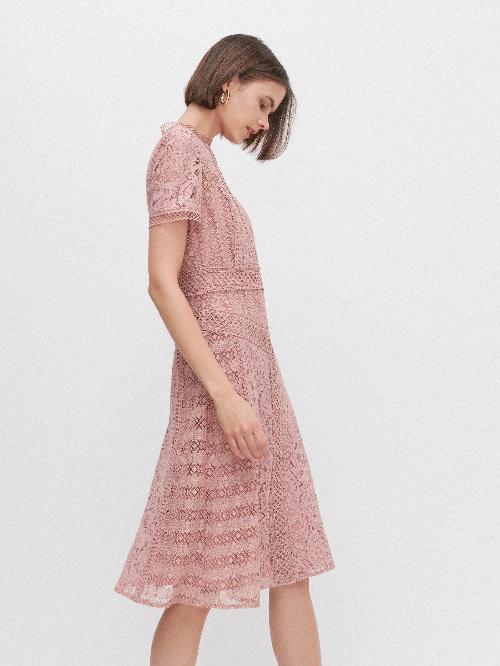 sukienka-koronkowa-na-wesele